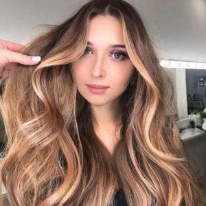 Color miele su capelli castani