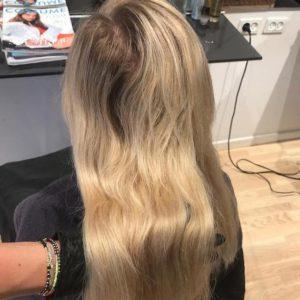 Come trattare la ricrescita dei capelli